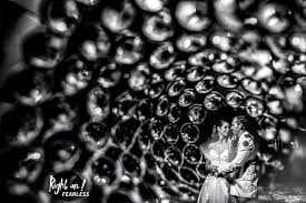 World-renowned wedding photographers, you should know about